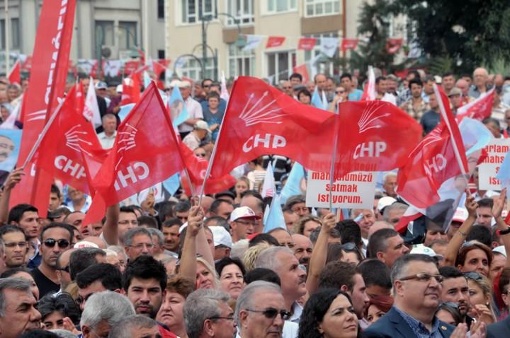 CHP supporters in Lüleburgaz